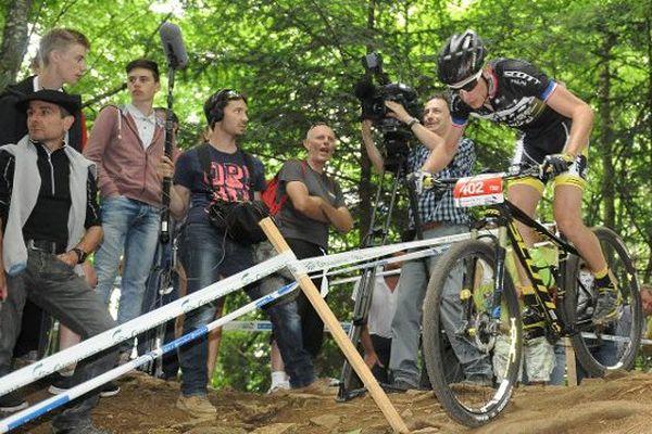 Titouan Carod devient champion de France de VTT dans la catégorie Espoirs
