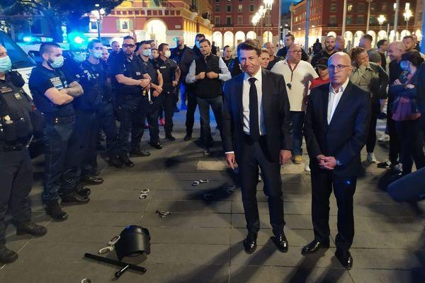 Christian Estrosi et Eric Ciotti présents pour soutenir les policiers.
