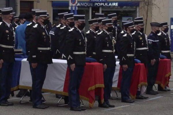 Un hommage national a été rendu aux 3 gendarmes tués par un forcené, parmi eux le Montpellierain Arno Mavel