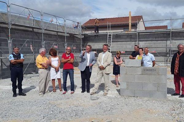 Les travaux de cette nouvelle place Wolinski s'achèveront fin 2016 à Saint-Just-le-Martel (87)