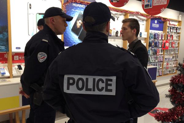 Selon le commissaire de police Bertrand Buisson, le plan anti hold-up a permis de diminuer les agressions de commerçants.