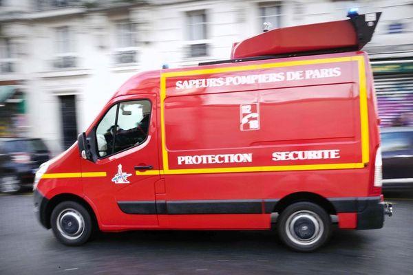 Le bilan est de deux blessés graves et six blessés légers, pris en charge par les sapeurs-pompiers de Paris. (Illustration).