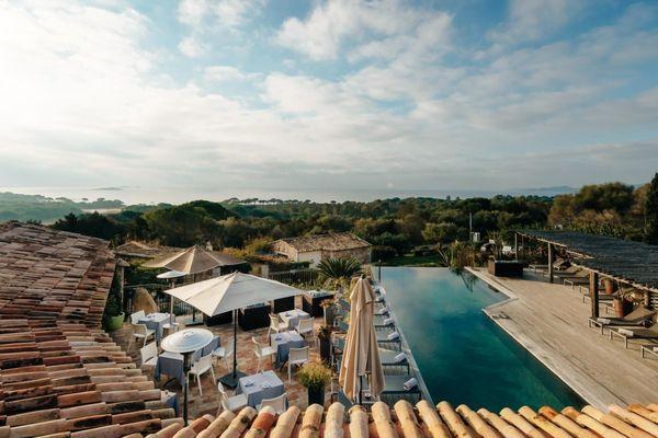 L'hôtel Les Bergeries de Palombaggia, membre du Cercles des grandes maisons de Corse fait partie des signataires de l'appel au Préfet et au président de l'exécutif en faveur du tourisme.