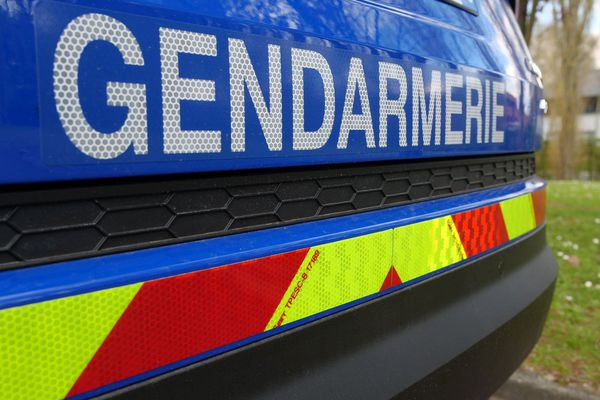 Voiture de gendarmerie