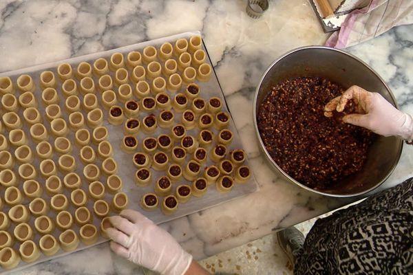 Pézenas - Les petits pâtés sont formés avec une farce à base d'agneau, de sucre et citron.