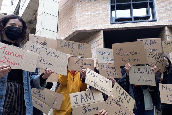 Le collectif Les Orageuses et celui du 25 novembre est venu soutenir la cause de Laura Da Costa et faire entendre leurs voix.