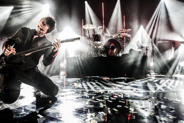 Le leader de Muse pendant un concert de son UK Psycho Tour en mars 2015