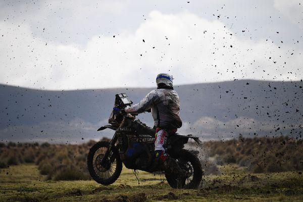 Le motard Xavier De Soultrait lors de la 7e étape du Dakar 2018 entre La Paz et Uyuni en Bolivie, le 13 janvier 2018.