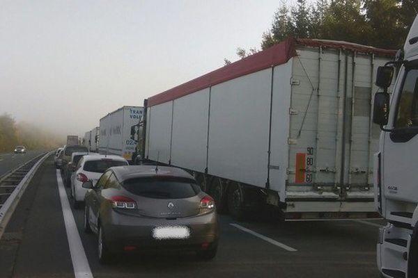 Bouchons sur l'A20 ce mercredi 21 octobre 2015, suite à une grave collision à hauteur de Saint-Ybard.