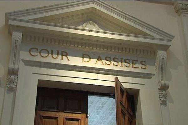Le procès du meurtre de Nicole Brossard aux assises de Blois