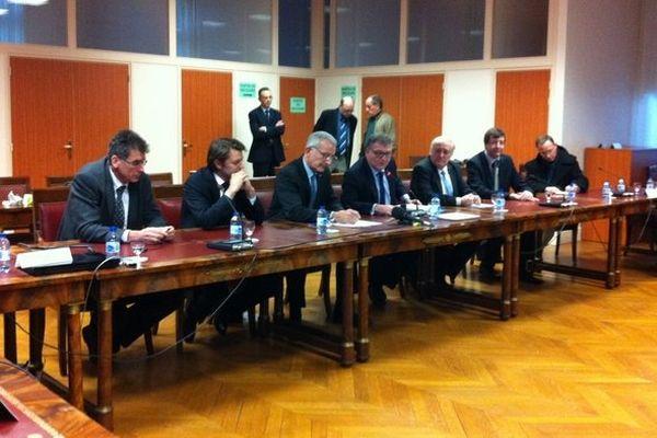 Guillaume Pépy a annoncé une enveloppe de 8 millions d'euros pour rénover la ligne 4