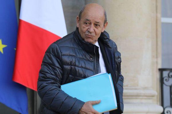 Jean-Yves Le Drian, ministre des Affaires Étrangères, et conseiller régional de Bretagne, à la sortie du conseil des ministres ce mercredi 17/01/2018