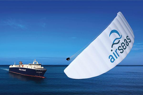 L'automatic kite développé par AirSeas à Nantes devrait permettre de faire économiser 20% d'énergie aux cargos maritimes