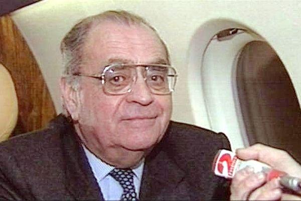 Le 1er mai 1993, l'ancien Premier ministre et député-maire de Nevers Pierre Bérégovoy se tirait une balle dans la tête sans un mot d'explication.
