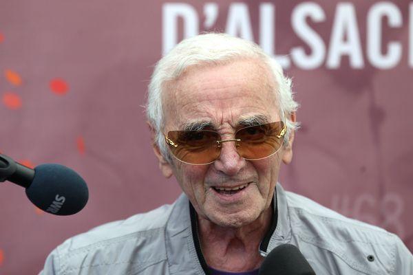 Charles Aznavour, à la Foire aux Vins de Colmar, en 2015.