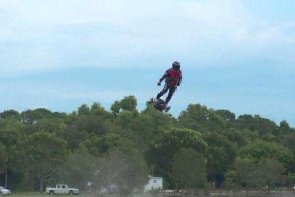 Le flyboard est une invention marseillaise