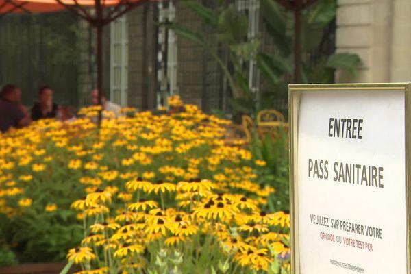 Depuis le lundi 30 août, les employés des établissements accueillant du public sont tenus de disposer du pass sanitaire.