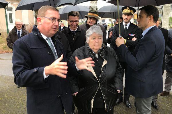 Samuel Hazard, maire PS de la ville de Verdun, a présenté à la ministre le projet de requalification de la caserne Miribel.