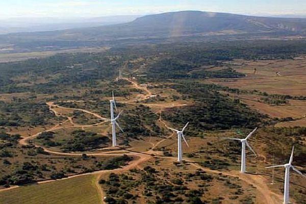 Aude - Parc éolien de Conilhac (9,2 MW) - août 2014.