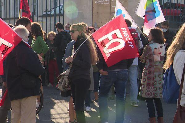 Image d'illustration. À Angoulême, la manifestation des travailleurs de l'éducation nationale, le 23 septembre 2021.