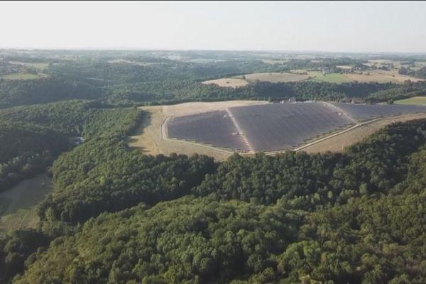 Le domaine d'Essendieras possède désormais sa propre centrale photovoltaïque de 18 ha