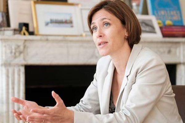 Christelle Dubos, issue du secteur de Sadirac, a été membre du gouvernement d'Edouard Philippe. Elle défend les couleurs de la République En Marche à l'occasion de ces élections départementales 2021. Elle a été élue député LREM en 2017. C'était son premier mandat parlementaire.