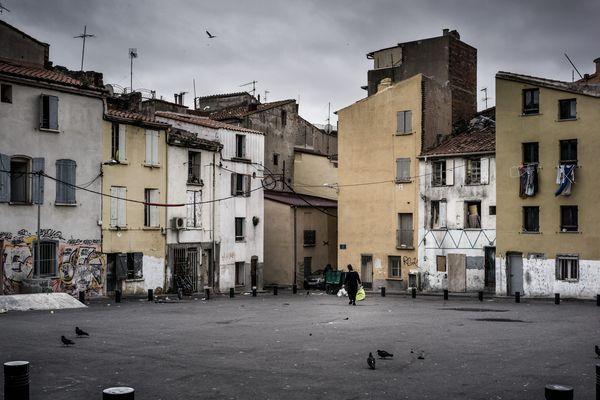 Le quartier Saint jacques à Perpignan. Ce quartier, le plus pauvre de France est habitait par une importante communauté gitane, particulièrement touchée par l'épidémie de Covid-19.
