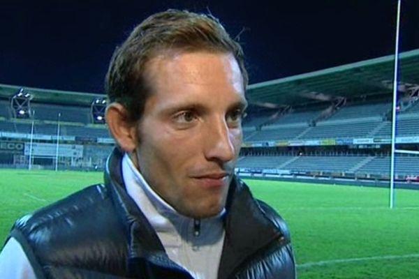 Renaud Lavillenie le 28 septembre 2012 au stade Marcel Michelin où il a donné le coup d'envoi du match ASM-Stade Français