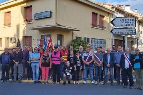 Pyrénées-Orientales : élus et habitants d'Ille-sur-Têt manifestent contre la fermeture de leur trésorerie - 26 septembre 2019.