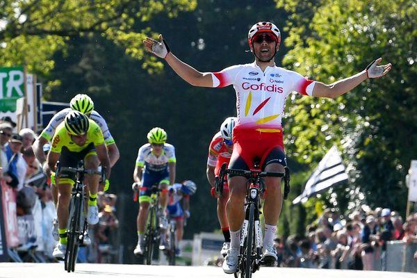 Julien Simon lors de sa victoire dans le Tour du Finistère à Quimper en 2019