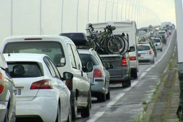 Le pont d'Oléron ce samedi matin.