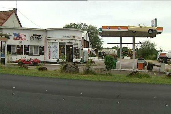 Station essence sur la Nationale 6 du coté de Saulieu en Côte-d'Or.