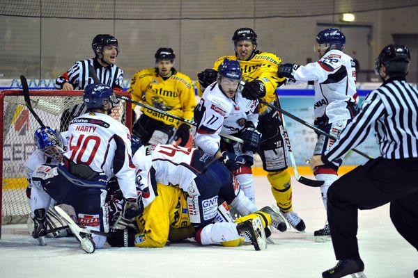 Angers s'est imposé sur la glace de Rouen 7-4