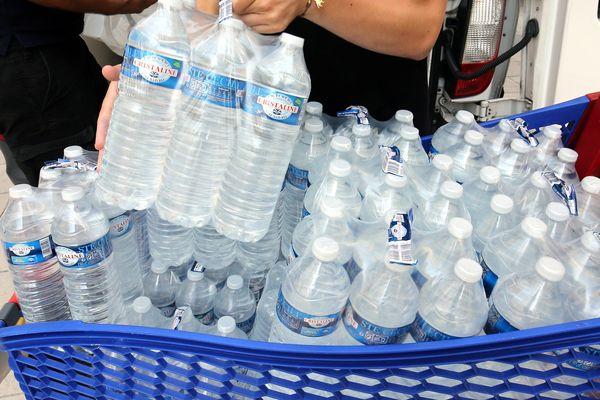 Une distribution d'eau est organisée ce jeudi devant la mairie de Tourrette-Levens à 10 h - archives.