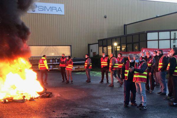 Mouvement de grève des salariés de la Simra, le 12 novembre 2020 à Albert.
