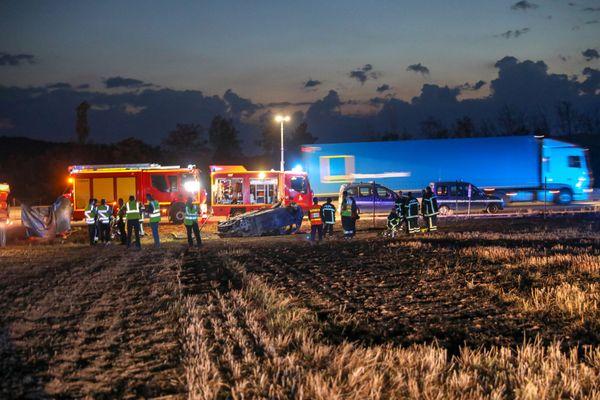 L'accident du 20 juillet 2020 , dans lequel cinq enfants ont perdu la vie sur l'autoroute A7 dans la Drôme, a fait une sixième victime. Il s'agit de l'une des mamans, à bord du monospace, grièvement brûlée dans l'incendie et la sortie de route du véhicule.