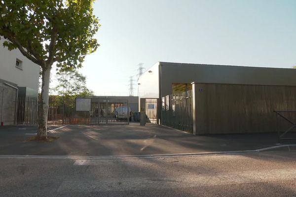 Une classe élémentaire de l'école Marius-Berliet est fermée à Saint-Priest après un cas de covid-19 chez un enfant, découvert après un test.