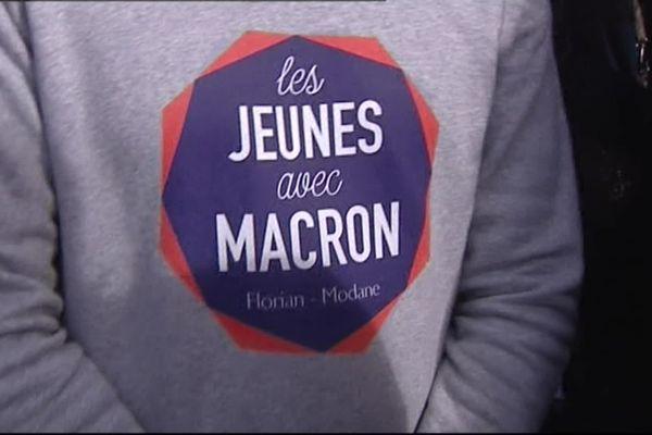 Les Jeunes avec Macron soutiennent David Kimelfeld