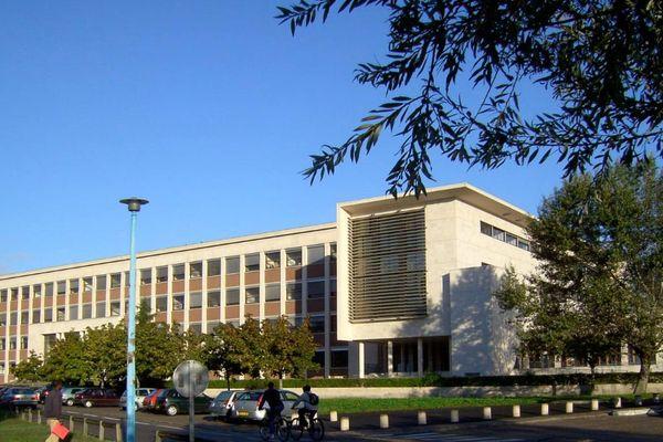 La fac de Bordeaux est de plus en plus attractive mais les logements ne suivent pas.
