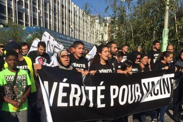 300 personnes se sont rassemblées à Aulnay-sous-Bois le dimanche 15 octobre