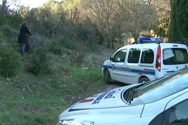 Nîmes : la police sur les lieux du crime de la joggeuse de Courbessac - 25 janvier 2013.