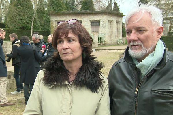 Les parents d'Arthur Noyer ce matin à Bourges.