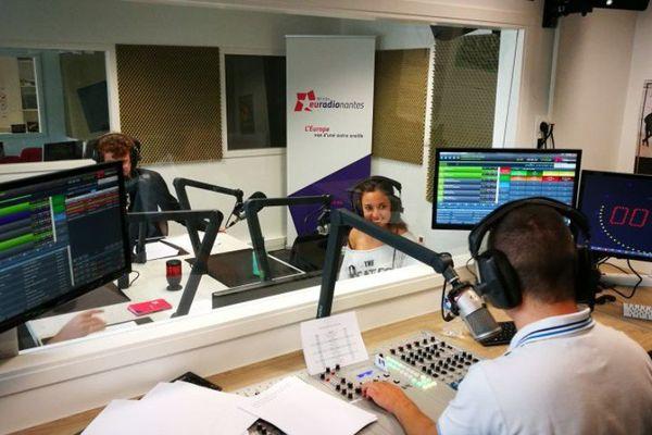EuradioNantes se déploye sur Lille, Strasbourg et Lyon pour commencer avec la Radio Numérique Terrestre et constitue le premier réseau radiophonique européen