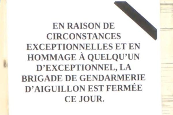 La gendarmerie a été fermée ce dimanche suite au décès de la femme gendarme décédée.