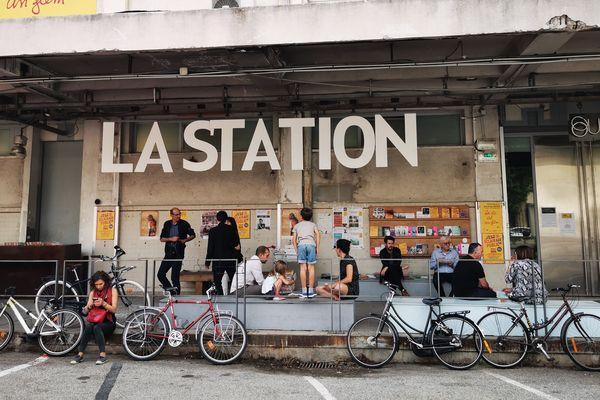 """Le bâtiment des anciens abattoirs rebaptisé """"le 109"""" à Nice héberge ateliers et lieux d'exposition."""