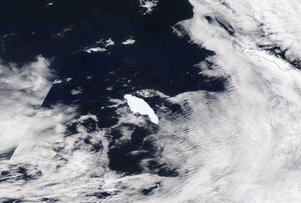 Image optique de l'A68, un iceberg de près de 150 kilomètres de long