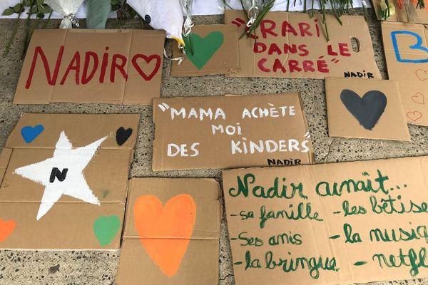 Il aimait sa famille, ses amis, la musique et Netflix. Près de 200 personnes ont marché à Saint Sébastien pour rendre hommage à Nadir Marouf, le jeune de 18 ans retrouvé asphyxié et ligoté le dimanche 9 août.