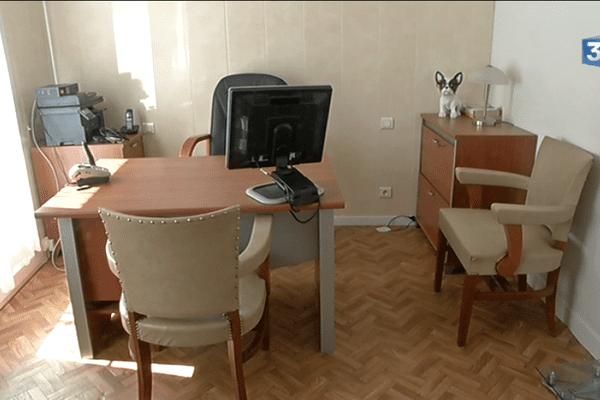 À Damvix en Vendée, le cabinet médical reste désespérément vide après l'échec de l'installation d'une doctoresse de nationalité roumaine