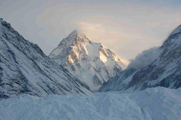 K2, deuxième plus haut sommet de la planète (8.611 m)