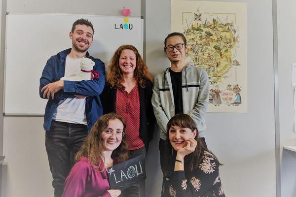 L'équipe de LAOU à Limoges, avec Aurore Thibaud (en bas à droite).